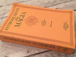 Introduzione alla magia Volume I a cura del Gruppo di UR